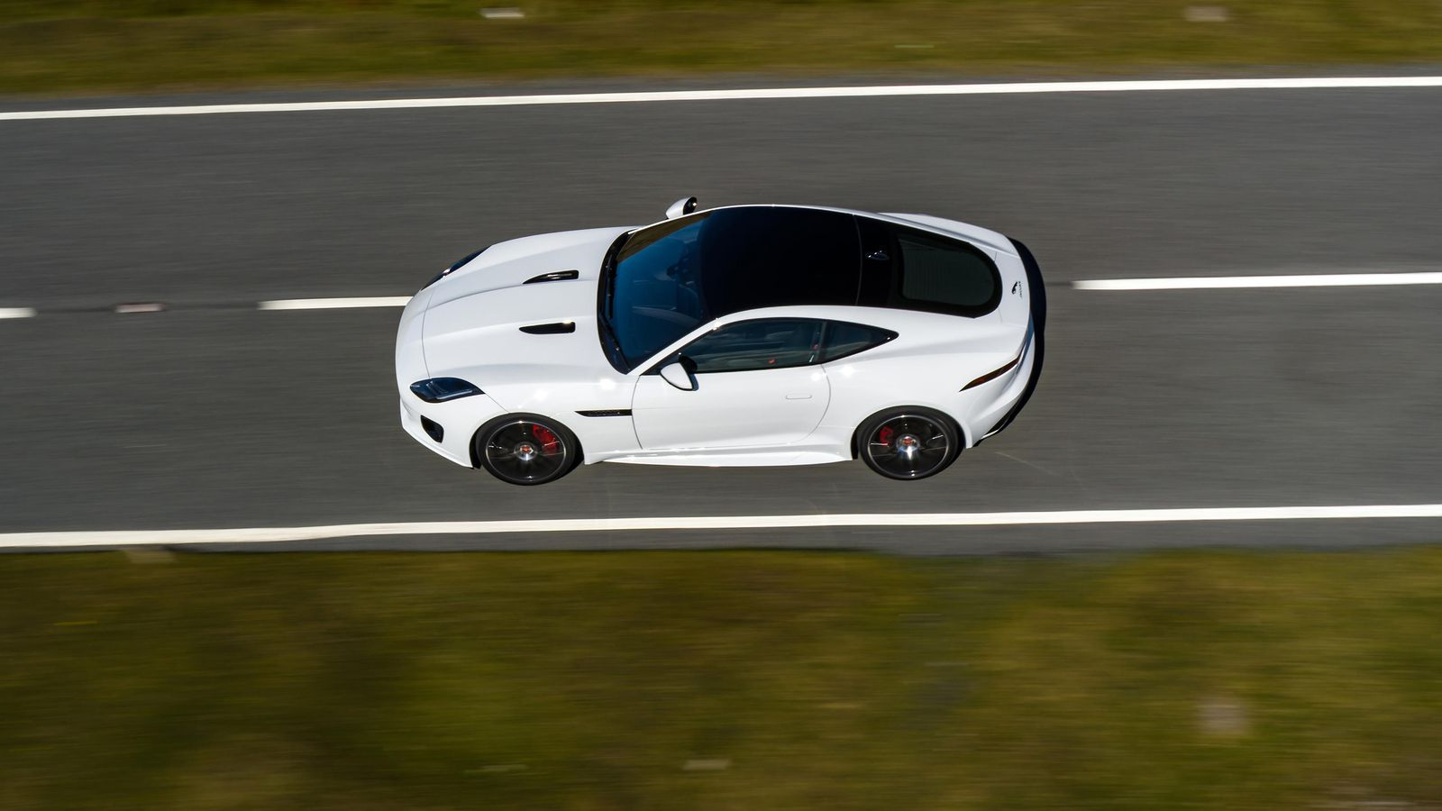 Jaguar spices up 2020 F-Type with Checkered Flag limited edition